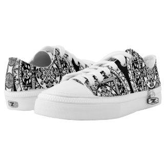Circular beautiful pattern of traditional motifs Low-Top sneakers