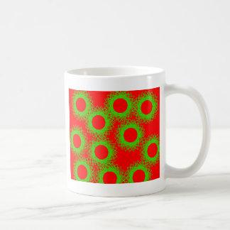 círculo afortunado de la baya roja tazas