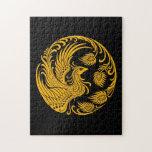 Círculo amarillo tradicional de Phoenix en negro Rompecabezas Con Fotos