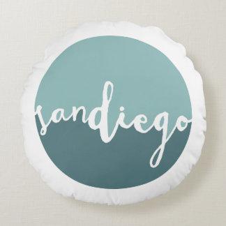 Círculo azul de San Diego, California el | Ombre Cojín Redondo