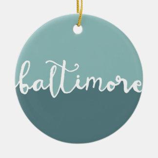 Círculo azul Ombre de Baltimore, Maryland el | Adorno Navideño Redondo De Cerámica