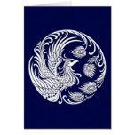 Círculo blanco tradicional de Phoenix en azul Felicitacion