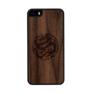 Círculo chino de madera tradicional del dragón funda de nogal carved® para iPhone 5