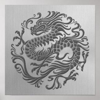 Círculo chino del dragón con efecto del acero inox poster