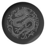 Círculo chino gris y negro tradicional del dragón plato de comida
