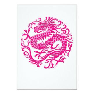 """Círculo chino rosado tradicional del dragón invitación 3.5"""" x 5"""""""