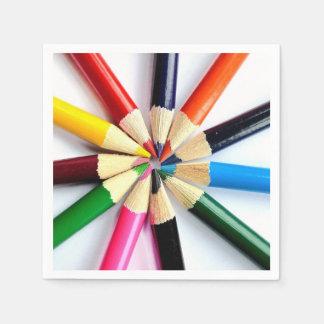Círculo coloreado del lápiz servilleta de papel