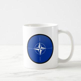 Círculo de la bandera de la calidad de la OTAN Taza De Café