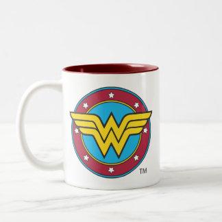 Círculo de la Mujer Maravilla y logotipo de las es Taza