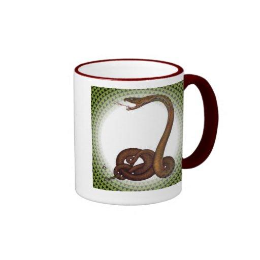 Círculo de la serpiente taza