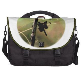 Círculo de reclinación del insecto de la libélula  bolsas para portatil
