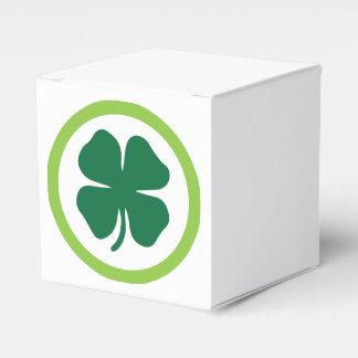 Círculo del trébol caja para regalo de boda
