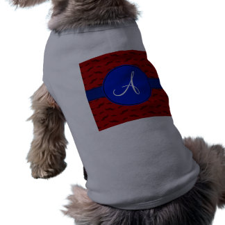 Círculo rojo del azul de los bigotes del monograma camiseta de perro