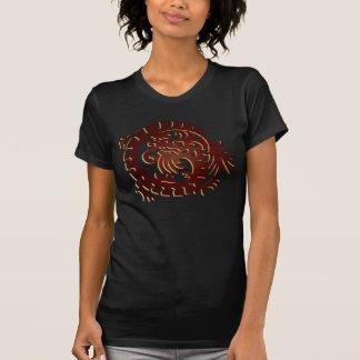Círculo rojo del dragón en T negro 2 - camiseta