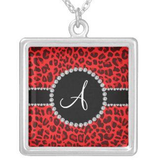 Círculo rojo del estampado leopardo del monograma joyerias personalizadas