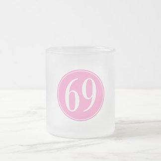 Círculo rosado #69 taza de café esmerilada