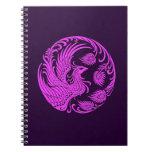 Círculo rosado y púrpura tradicional de Phoenix Spiral Notebook