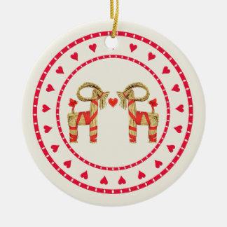 Círculo sueco del corazón de Julbok de la cabra de Ornamente De Reyes