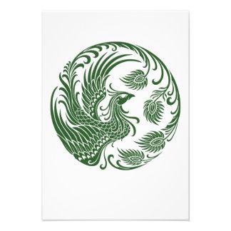 Círculo verde tradicional de Phoenix en rojo Comunicado Personalizado