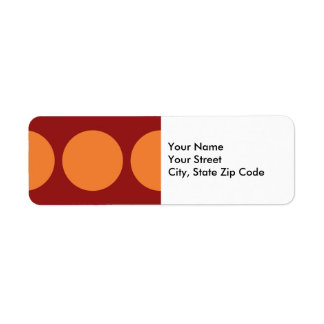 Círculos anaranjados en etiqueta roja del remite etiquetas de remite