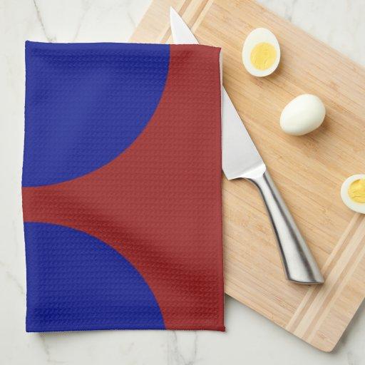 Círculos azules en rojo toallas de mano