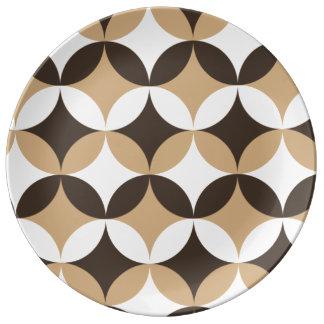 Círculos beige y marrones platos de cerámica