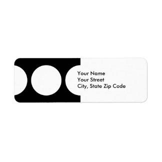 Círculos blancos en etiqueta negra del remite etiquetas de remite