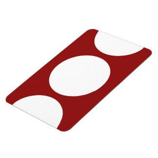 Círculos blancos en rojo iman de vinilo