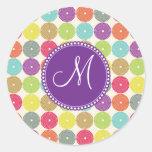 Círculos coloreados multi de la inicial de encargo pegatina redonda