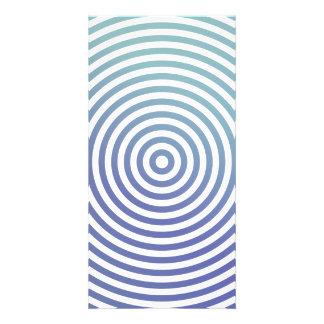 Círculos hipnóticos azules plantilla para tarjeta de foto