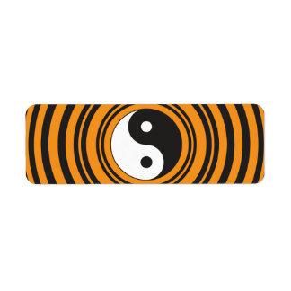 Círculos negros anaranjados del símbolo de Yin Yan Etiqueta De Remite
