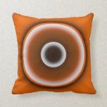 Círculos negros y anaranjados almohada