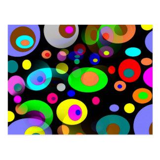 Círculos retros del arco iris tarjeta postal