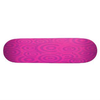 Círculos retros rosados y púrpuras enrrollados monopatín personalizado
