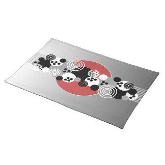 Círculos rojos negros del extracto del blanco gris mantel