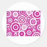Círculos rosados frescos pegatina redonda
