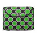 Círculos verdes claros en negro fundas macbook pro