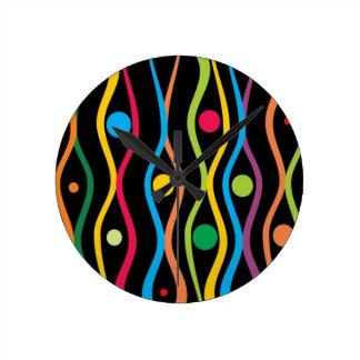 Círculos y ondulaciones reloj de pared