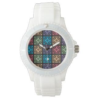 Círculos y reloj abstractos coloridos de los