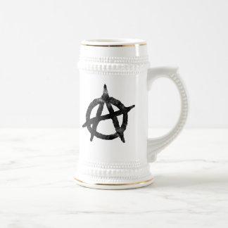 """""""circunde"""" un símbolo de la anarquía jarra de cerveza"""