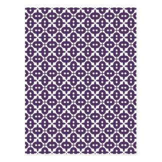 Ciruelo violeta oscuro y modelo blanco postales