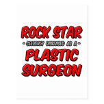 Cirujano plástico de la estrella del rock… postal