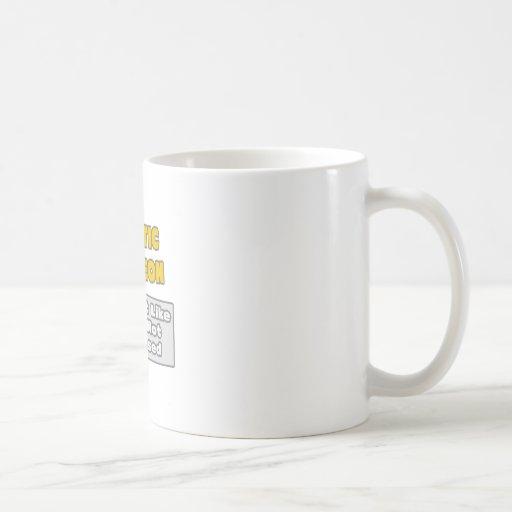 Cirujano plástico. Le impresionan Tazas De Café