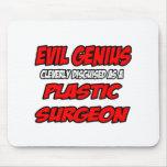 Cirujano plástico malvado del genio… tapete de ratón