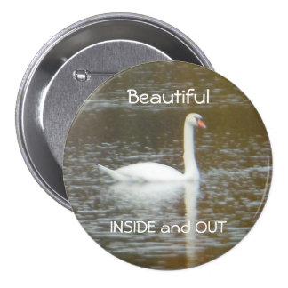 Cisne blanco en botón redondo grande de tres