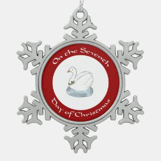 Cisne con el séptimo día del acebo de ornamento adorno