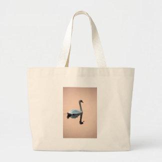 Cisne en el bolso de la puesta del sol bolsas lienzo