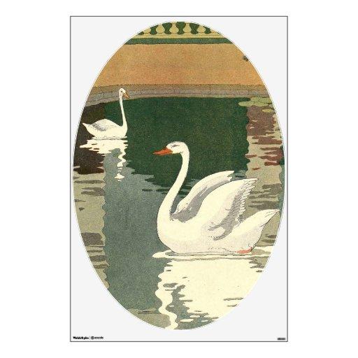 Cisnes en el lago castle