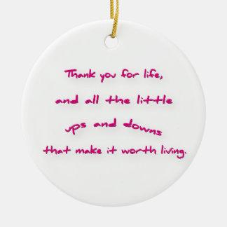 Cita agradecida - agradezca le por vida, y todo adorno navideño redondo de cerámica