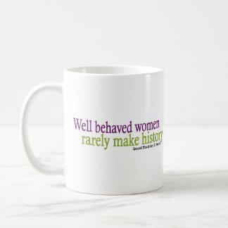 Cita bien comportada de las mujeres taza básica blanca